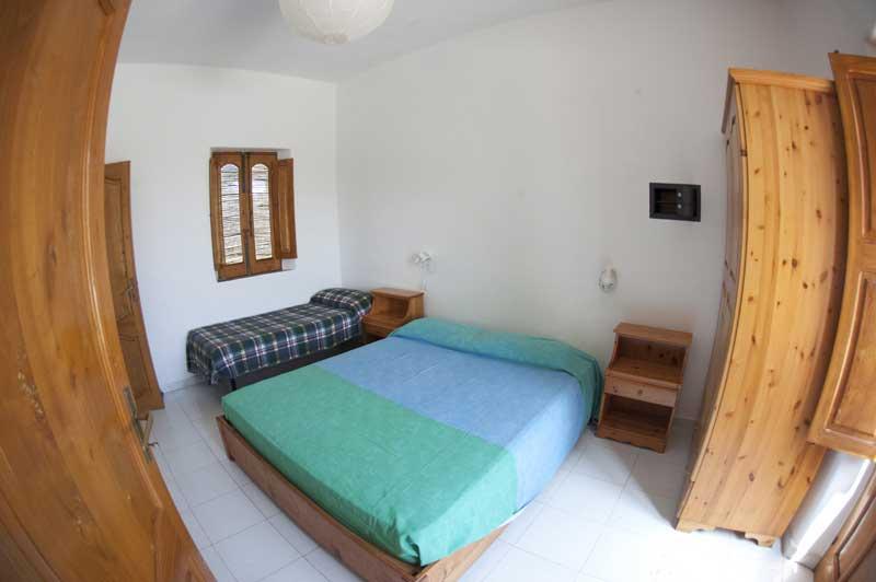La camera tripla 2